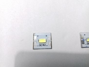 sample_white_led_4v_marking